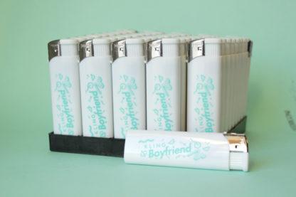 Mecheros publicidad hit para Kling Boyfriend