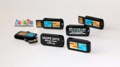 Memorias USB publicidad smart twist personalizadas para Safe Society Labs