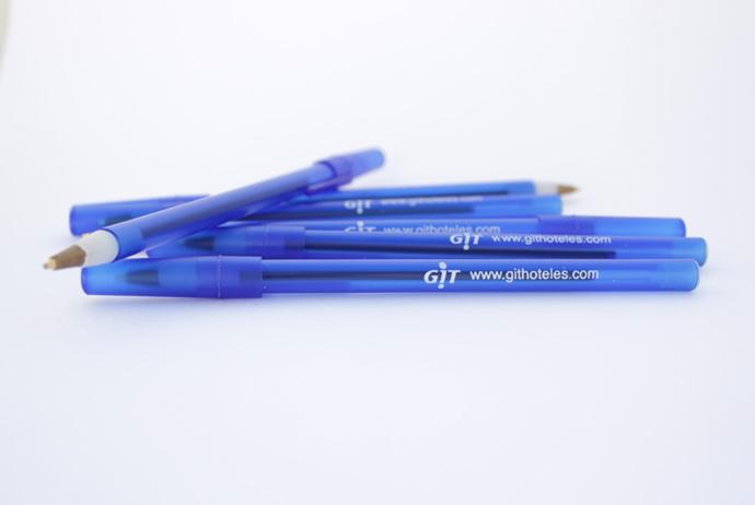 Bolígrafos publicitarios Acrel personalizados para GIT Hoteles